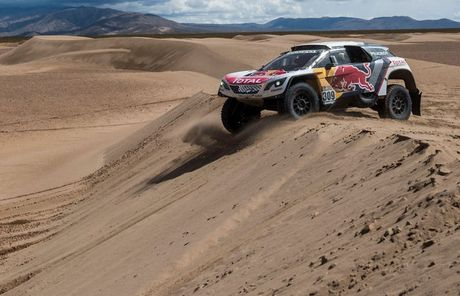 Sebastien Loeb sobre el nuevo Peugeot 3008DKR: Puede enfrentar cualquier cosa, especialmente las dunas
